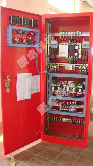 2.功能齐全可完成消防主回路及消防水泵的低速无压巡检.    3.